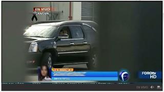 Carro funeral com corpo de Roberto Bolaños (Foto: Reprodução/Televisa)