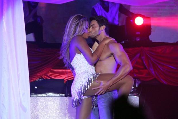 MC Ludmilla em show no Rio (Foto: Thyago Andrade/Foto Rio News)