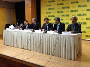 Mercadante apresenta novos secretários do MEC (Foto: Murilo Salviano/G1)