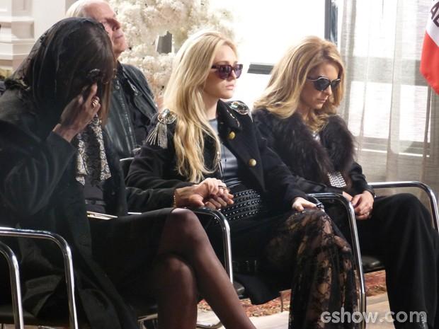 Megan, Dorothy e Pamela sentem a dor da perda (Foto: Geração Brasil/ TV Globo)