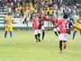 Resumão: gols, confusão e o Tocantins vencendo a segunda no Tocantinense