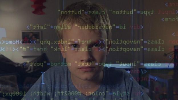 Max sabe programar desde os seis anos de idade e gosta de pensar em ideias para 'ajudar o mundo' (Foto: BBC/Reprodução)
