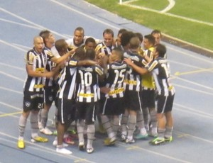 comemoração Rafael Marques Botafogo (Foto: Fred Huber)