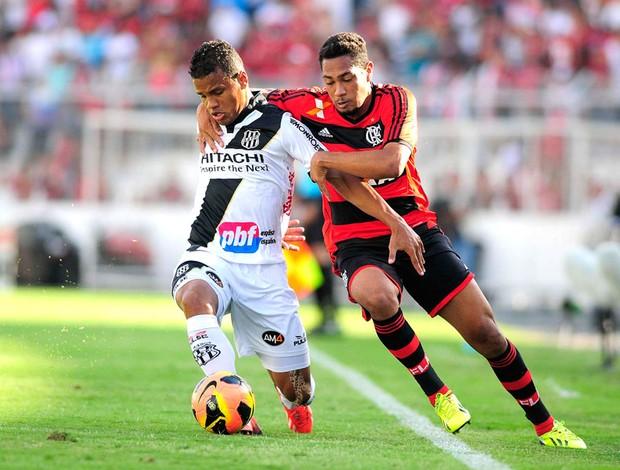 Arthur e Hernane Ponte preta e Flamengo (Foto: Rodrigo Villalba / Agência estado)