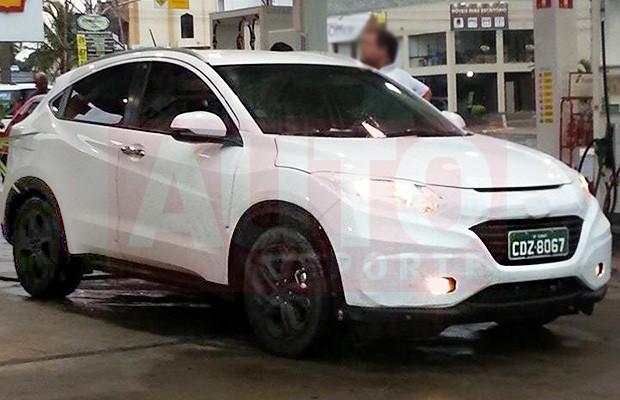 Jipinho da Honda flagrado camuflado para testes (Foto: Willian Campos/Autoesporte)