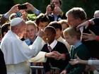 Papa se encontrou com casal gay  durante visita aos EUA, diz TV