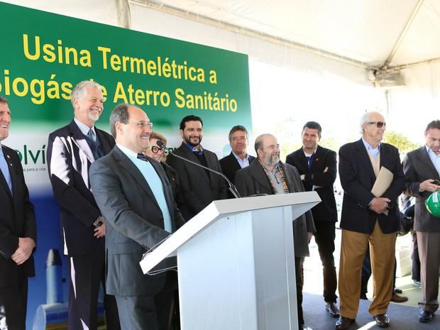 Autoridades visitaram usina de biogás em Minas do Leão (RS) (Foto: Luiz Chaves/Palácio Piratini)
