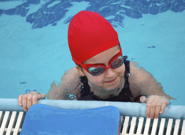 natação; criança; atividade física (Foto: Thinkstock)