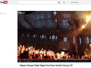 Vídeo mostra salto do rapper Watsky na plateia em Londres (Foto: Reprodução  / YouTube)