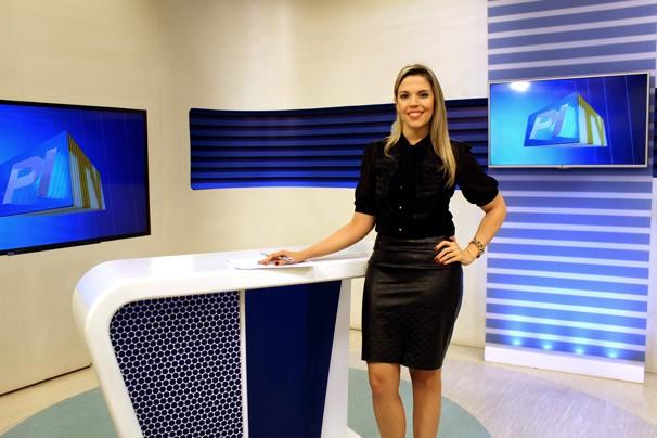 Denise Freitas apresenta o Piauí TV 2ª Edição  (Foto: Katylenin França/TV Clube)