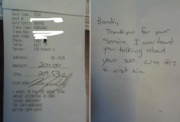 Garçonete chora ao receber gorjeta de quase R$ 600 de cliente para visitar o filho