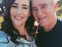 Lívian faz selfie com o pai, Renato Aragão
