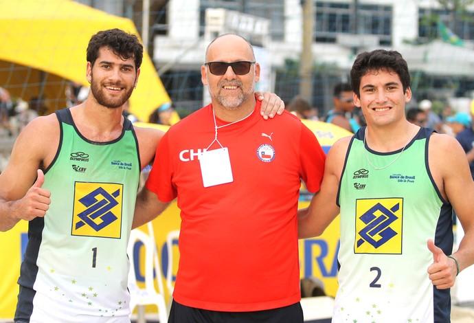 vôlei de praia Marco e Esteban Grimalt Niterói (Foto: Divulgação / CBV)
