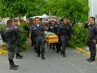 PM morto no Rio é enterrado com honras militares em Cabo Frio
