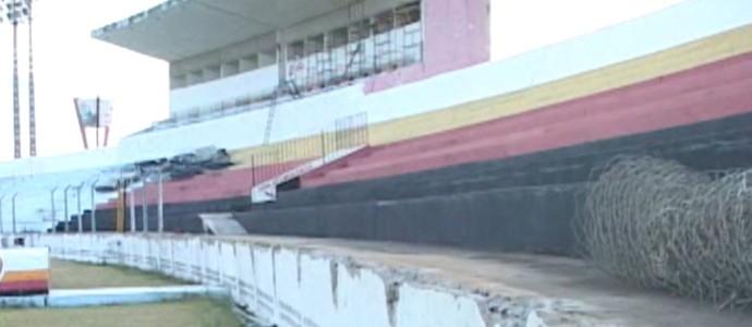 Estádio Perpetão, em Cajazeiras (Foto: Reprodução / TV Paraíba)