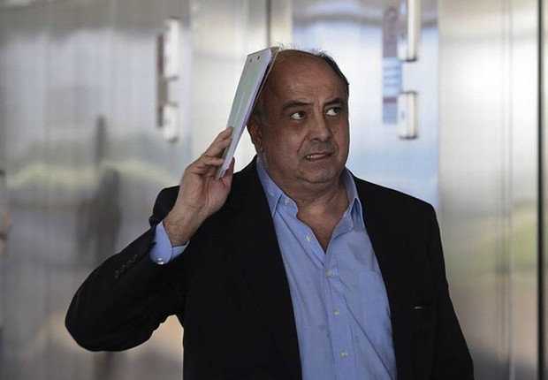 O ex-diretor da Odebrecht Hilberto Mascarenhas chega ao TSE para depor (Foto: Jorge William/Agência O Globo)