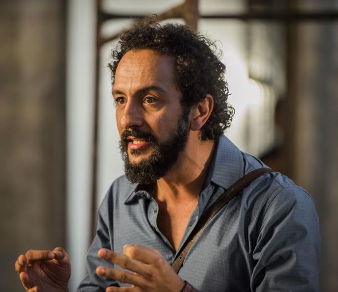 Bento descobre que prefeito Raimundo tem culpa no cartório (Foto: Caiuá Franco/TV Globo)