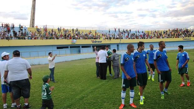Torcida Treino Palmeiras Estádio Mirandão em Crato (Foto: Marcelo Hazan)