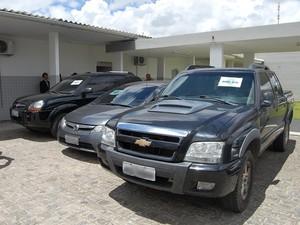 Esquema negociava veículos de grande porte, que eram revendido a um valor bastante inferior ao praticado pelo mercado (Foto: Diogo Almeida/G1-PB)