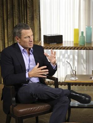Lance Armstrong e Oprah Winfrey (Foto: Reuters)