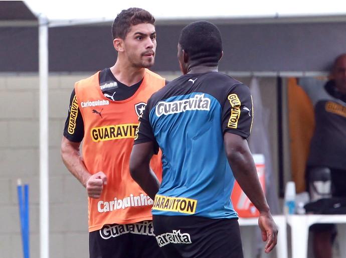 treino do Botafogo, Yuri Mamute (Foto: Carlos Moraes / Agência Estado)