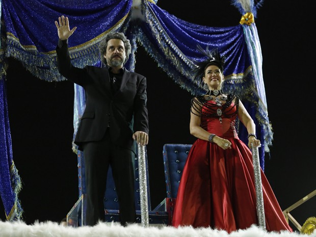 Lilia Cabral e Alexandre Nero se destacaram com fantasias mais sóbrias (Foto: Felipe Monteiro / Gshow)