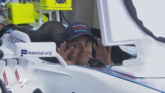 Felipe Massa nos boxes da Williams durante os treinos para o GP da Áustria (Foto: Divulgação)
