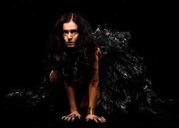 Paula Cales é idealizadora do espetáculo (Foto: divulgação)