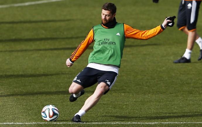 Treino Real Madrid Xabi Alonso (Foto: EfeServicios)