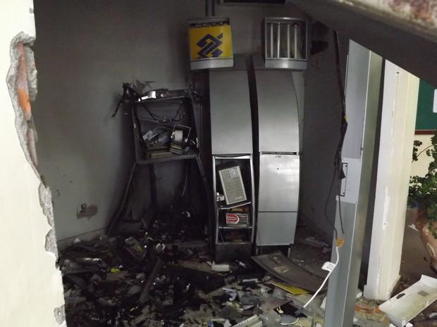 Caixa eletrônico que foi explodido na prefeitura de Pium (Foto: Marcos Robfer/Arquivo Pessoal)