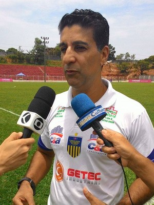 Técnico Wisner Dantas Tabajara Campeonato Amador de Uberlândia  (Foto: Lucas Papel)