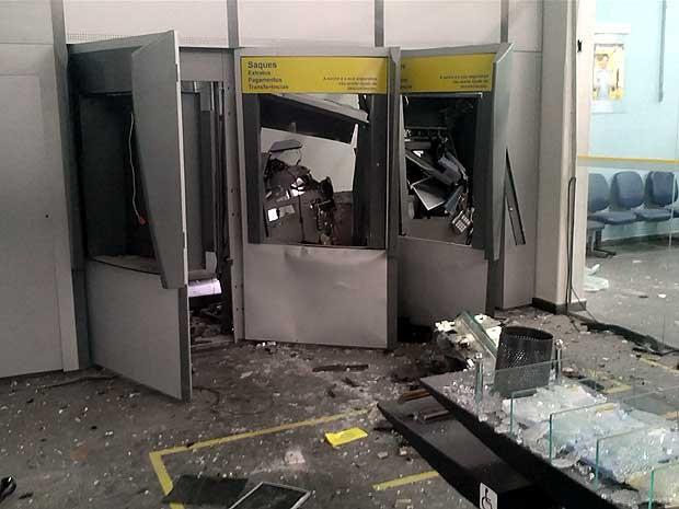 Resultado de imagem para Grupo suspeito de explosões a caixas eletrônicos é preso