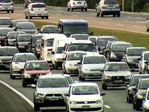 Movimento na rodovia Dom Pedro I, em Campinas (Foto: Reprodução / EPTV)
