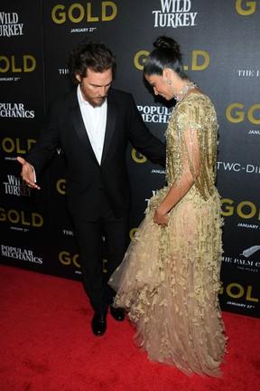 Matthew McConaughey e Camila Alves em première de filme em Nova York, nos Estados Unidos (Foto: Dimitrios Kambouris/ Getty Images/ AFP)