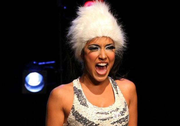 Jovem bailarina já participou de muscais e peças de teatro (Foto: Divulgação / Alice Reis)