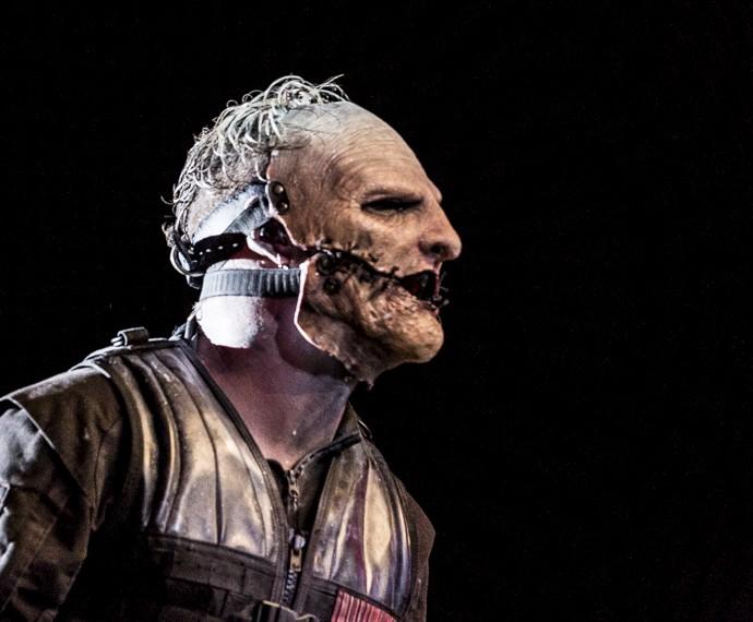 Corey Taylor e sua máscara são parte fundamental do Slipknot (Foto: Ellen Soares / Gshow)