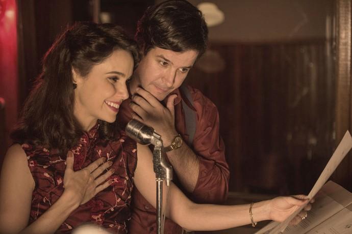 Saulo e Verônica vivem história de amor em 'Nada Será Como Antes' (Foto: Globo/Estevam Avellar)