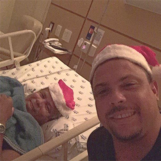 Ronaldo Fenômeno passa noite de Natal com o pai (Foto: Reprodução / Instagram)