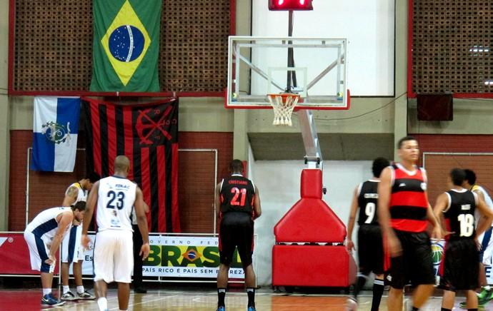 jogo basquete Flamengo São José (Foto: Marcello Pires)