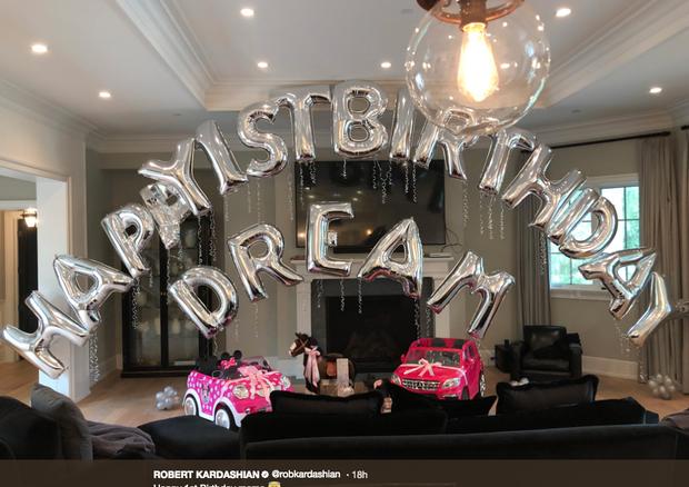 Aniversário de Dream Kardashian (Foto: reprodução/twitter)