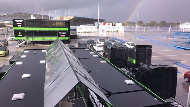 BLOG: Testes conjuntos Superbike e MotoGP em Jerez de la Frontera - dia 3 - Chuva estraga a festa e Michele Pirro (MotoGP) é o mais veloz. Mas Jonathan Rea (SBK) riu por último...