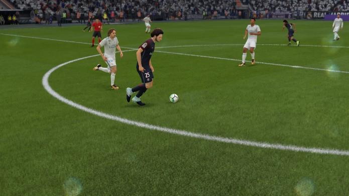 Visual de FIFA 18 recebeu pequenas melhorias (Foto: Reprodução / TechTudo)