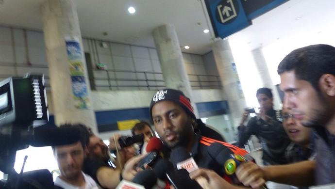 desembarque Flamengo (Foto: Raphael Bozeo)