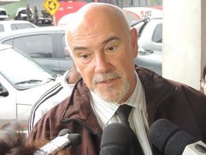 O delegado Edson Gianuzzi afirma que a reconstituição vai deixar mais transparentes as informações colhidas no inquérito (Foto: Pedro Carlos Leite/G1)