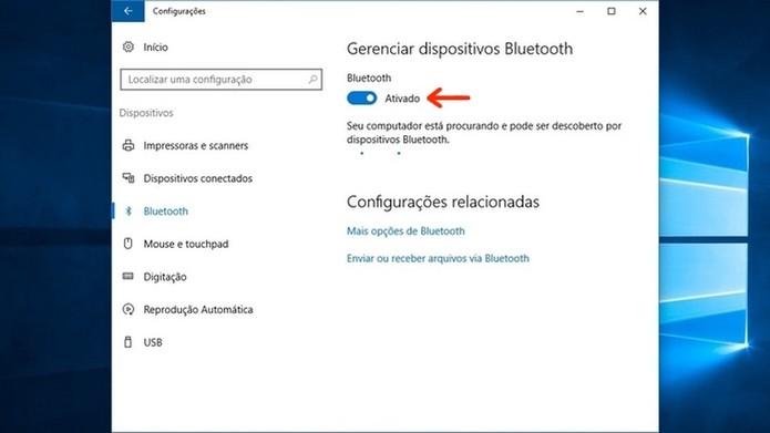 Notebook com Windows 10 procurando caixa de som Bluetooth (Foto: Reprodução/Raquel Freire)