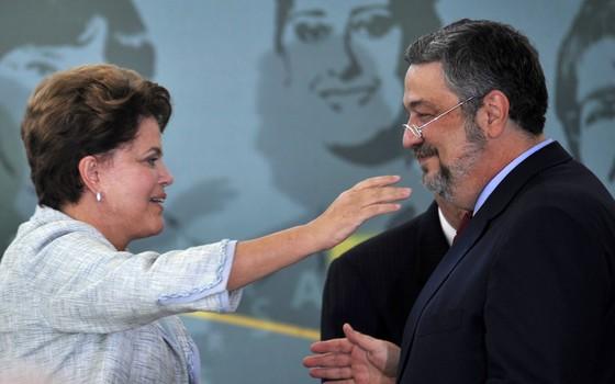 Dilma e Antonio Palocci (Foto: Agência Brasil)