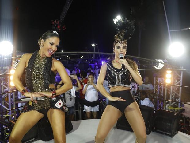 Claudia Leitte e Mari Antunes (Foto: Fred Pontes / Divulgação)