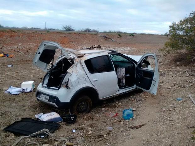 Acidente ocorreu na zona rural do município de Juazeiro, na Bahia (Foto: Henrique Morgado/TV São Francisco)