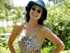 Débora Nascimento dá dica para proteger o rosto do sol no verão: BB cream