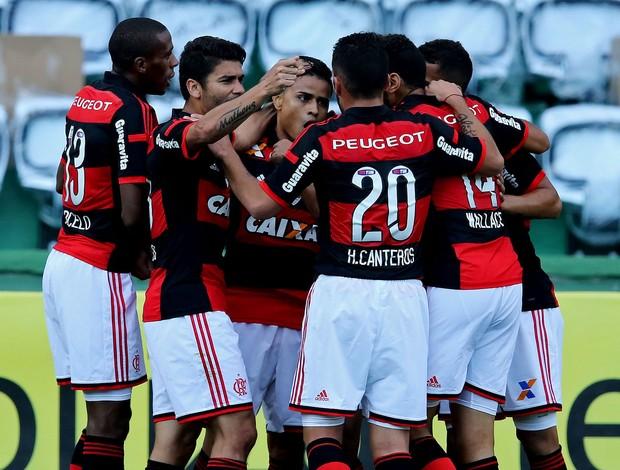 Everton Flamengo gol coritiba brasileirão (Foto: Agência Getty Images)
